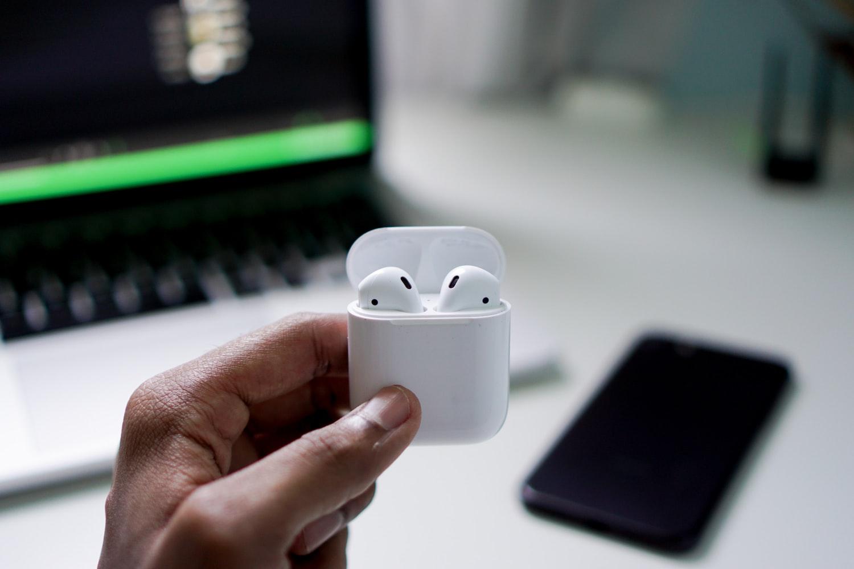 Apple AirPods [Recenze] - cena, zkušenosti a srovnání